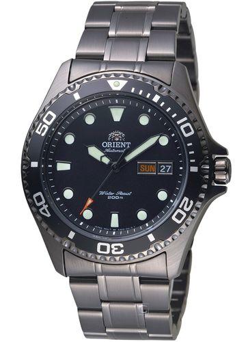 搭載F6922機芯的Orient東方錶Ray II 黑面黑帶 (faa02003b9)