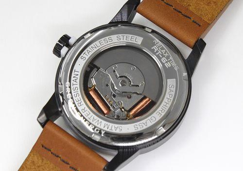 解釋Relax Time RT-62K-9 人體動能系列玫瑰金錶背鏤空設計